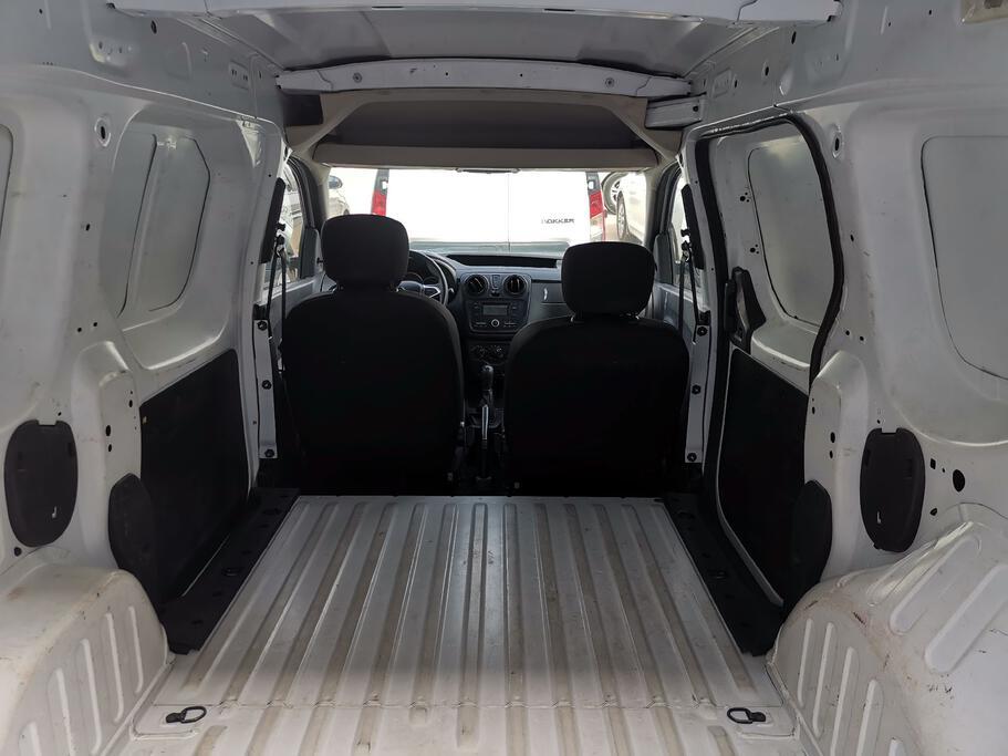 تقدم بطلب شراء Renault Docker Van بضاعة 2019 Standard  - 52034 - صوره