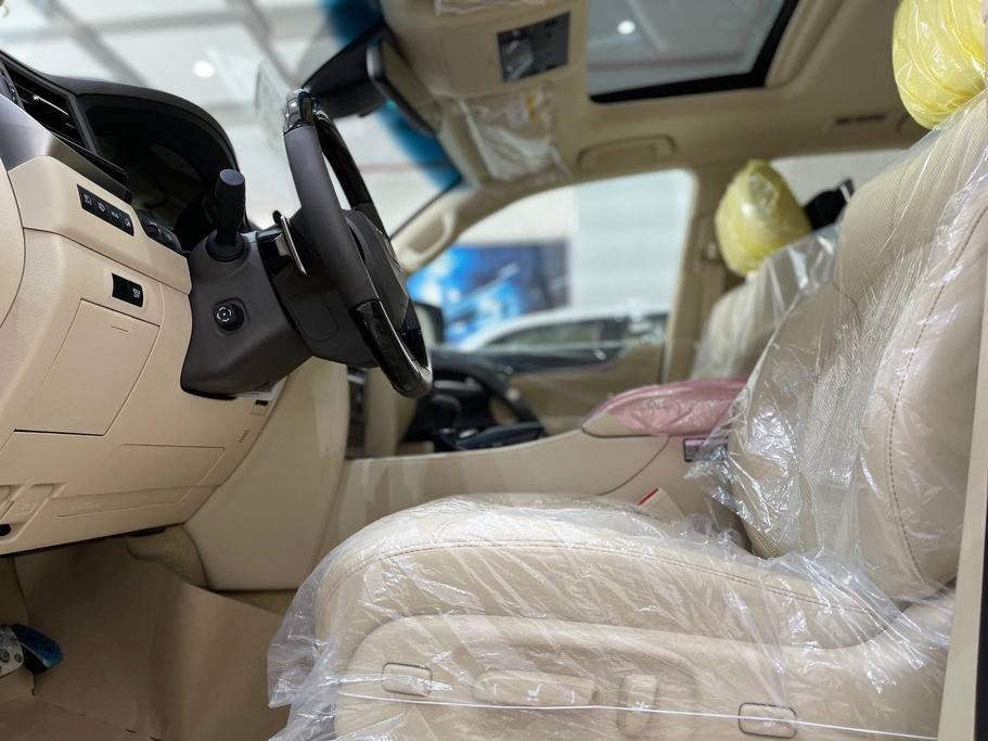 تقدم بطلب شراء لكزس LX 570-S Sport 2021 فل دبل - 63791 - صوره