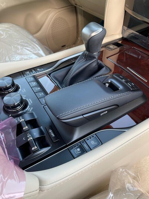 تقدم بطلب شراء لكزس LX 570-S Sport 2021 فل دبل - 66683 - صوره