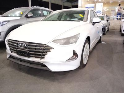 سيارة هونداي سوناتا  2020 سعودي  جديد جنوط للبيع