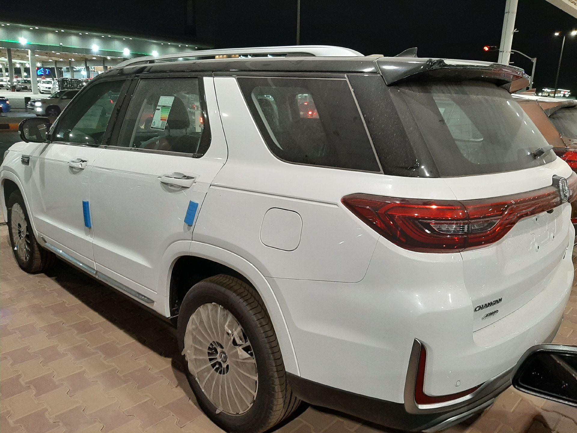 شانجان CS95 رويال 2021 سعودي فل جديد للبيع في الرياض - السعودية - صورة كبيرة - 2