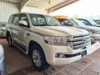 تويوتا لاندكروزر VXR فل 2020  دبل خليجي للبيع في الرياض - السعودية - صورة صغيرة - 6