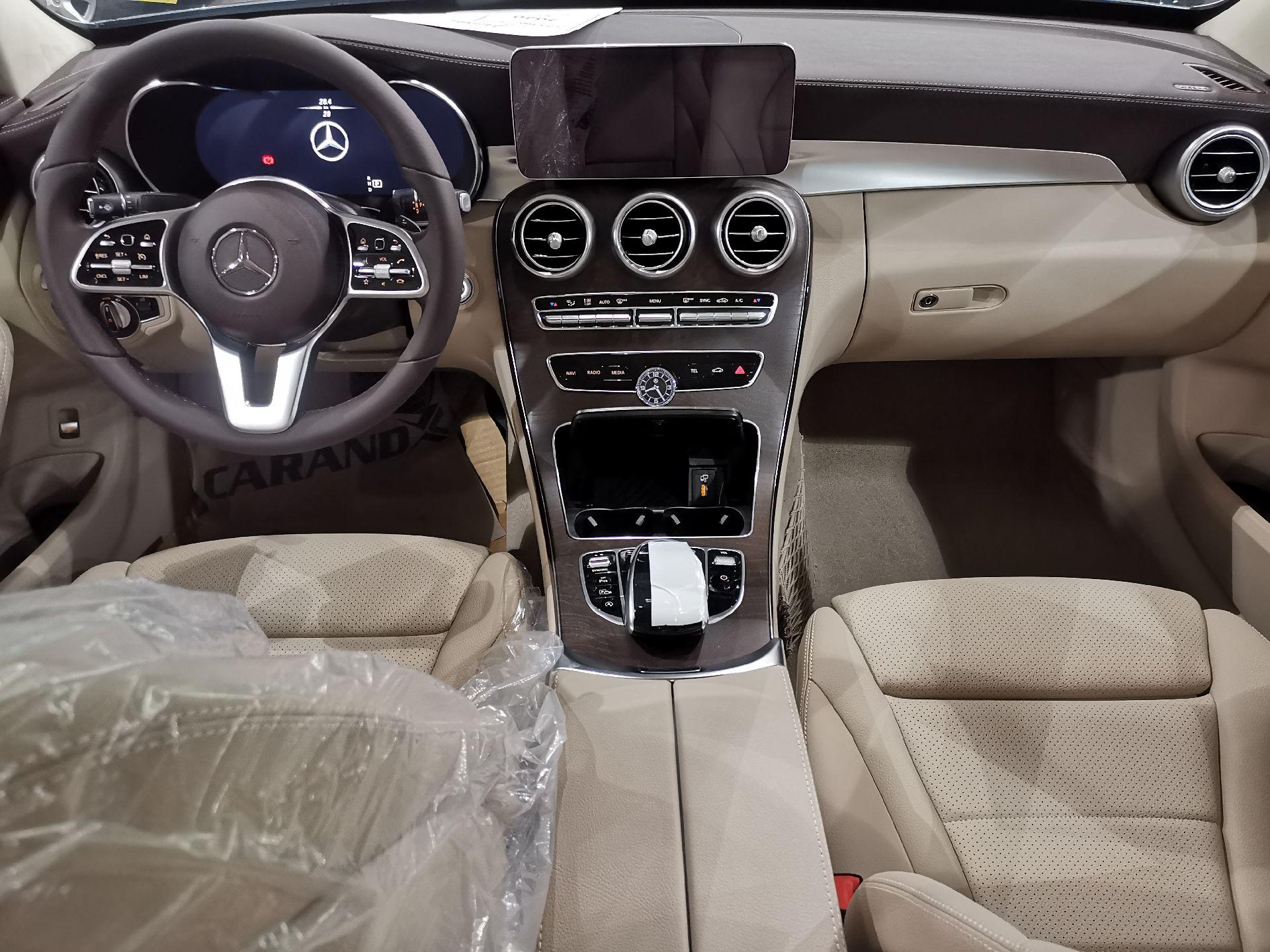 مباع - مرسيدس C200 نص فل 2020 ألماني للبيع في الرياض - السعودية - صورة كبيرة - 10