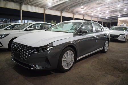 سيارة هونداي ازيرا  2021 سعودي جديد للبيع