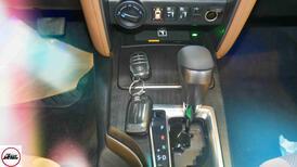 تويوتا فورتشنر VX2 ديزل 2021 بصمه 2.8 سعودي  جديد اللون فضي  للبيع في الرياض - السعودية - صورة صغيرة - 12