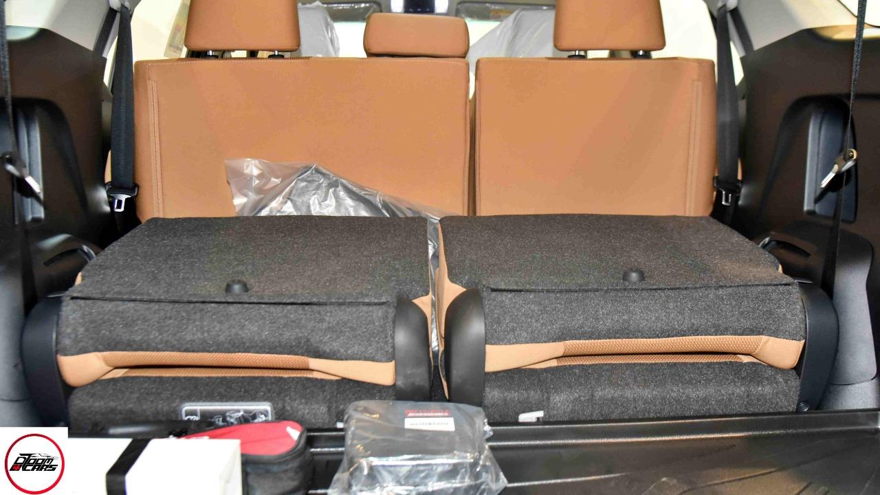 تويوتا فورتشنر VX2 ديزل 2021 بصمه 2.8 سعودي  جديد اللون فضي  للبيع في الرياض - السعودية - صورة كبيرة - 11