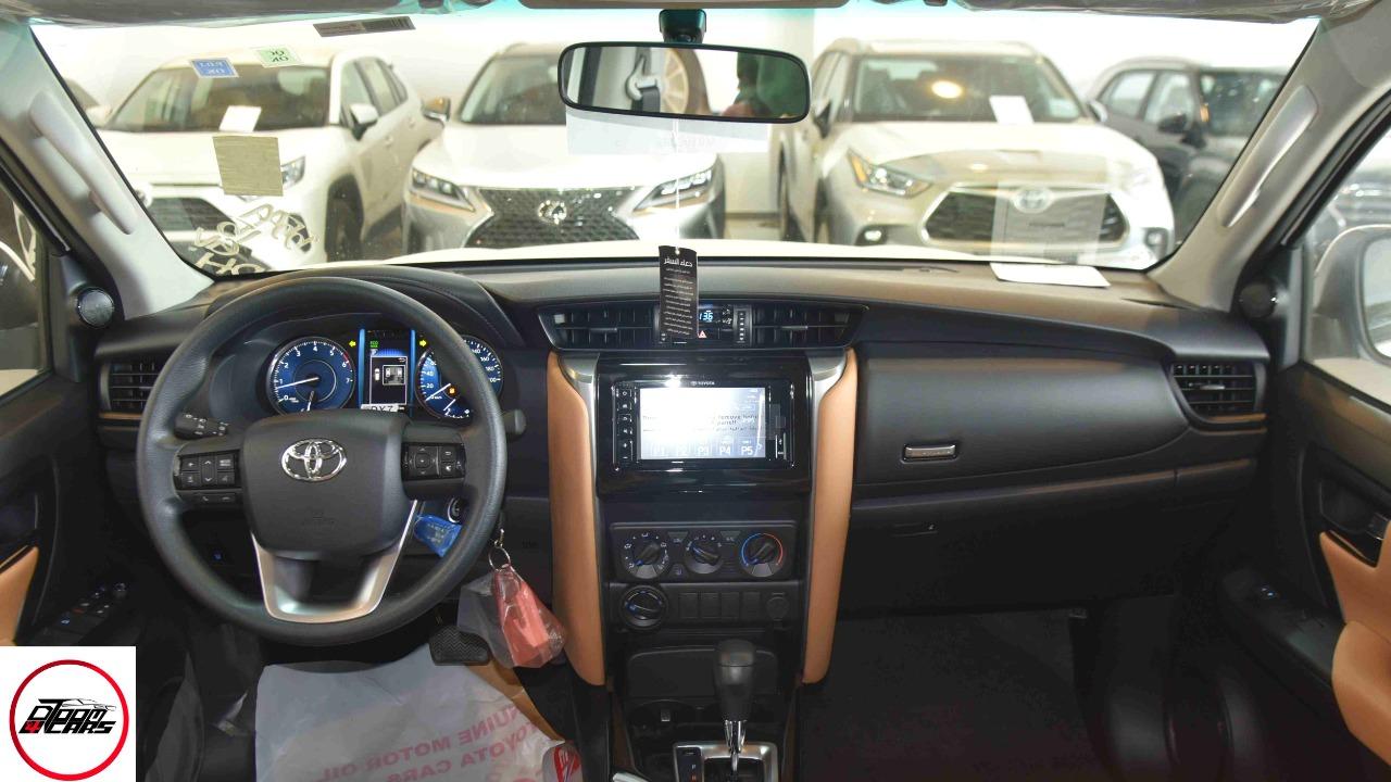 تويوتا فورتشنر 2021   GX2 دبل 4 سلندر  بنزين  سعودي جديد للبيع في الرياض - السعودية - صورة كبيرة - 13