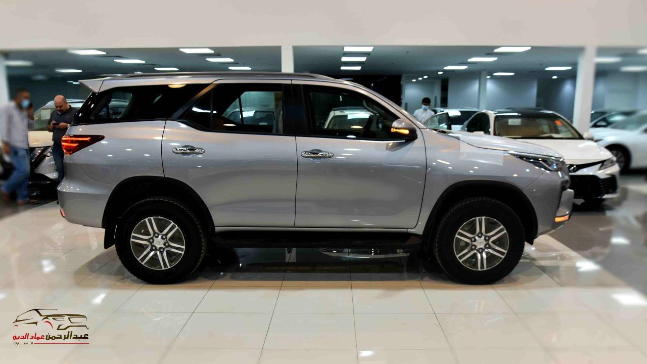 تويوتا فورتشنر 2021   GX2 دبل 4 سلندر  بنزين  سعودي جديد للبيع في الرياض - السعودية - صورة كبيرة - 2