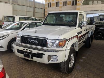 سيارة تويوتا شاص  2021 فل دبل غمارة بريمي جديد للبيع