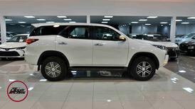 تويوتا فورتشنر 2021 بدون دبل GX2 بنزين سعودي جديد  للبيع في الرياض - السعودية - صورة صغيرة - 4
