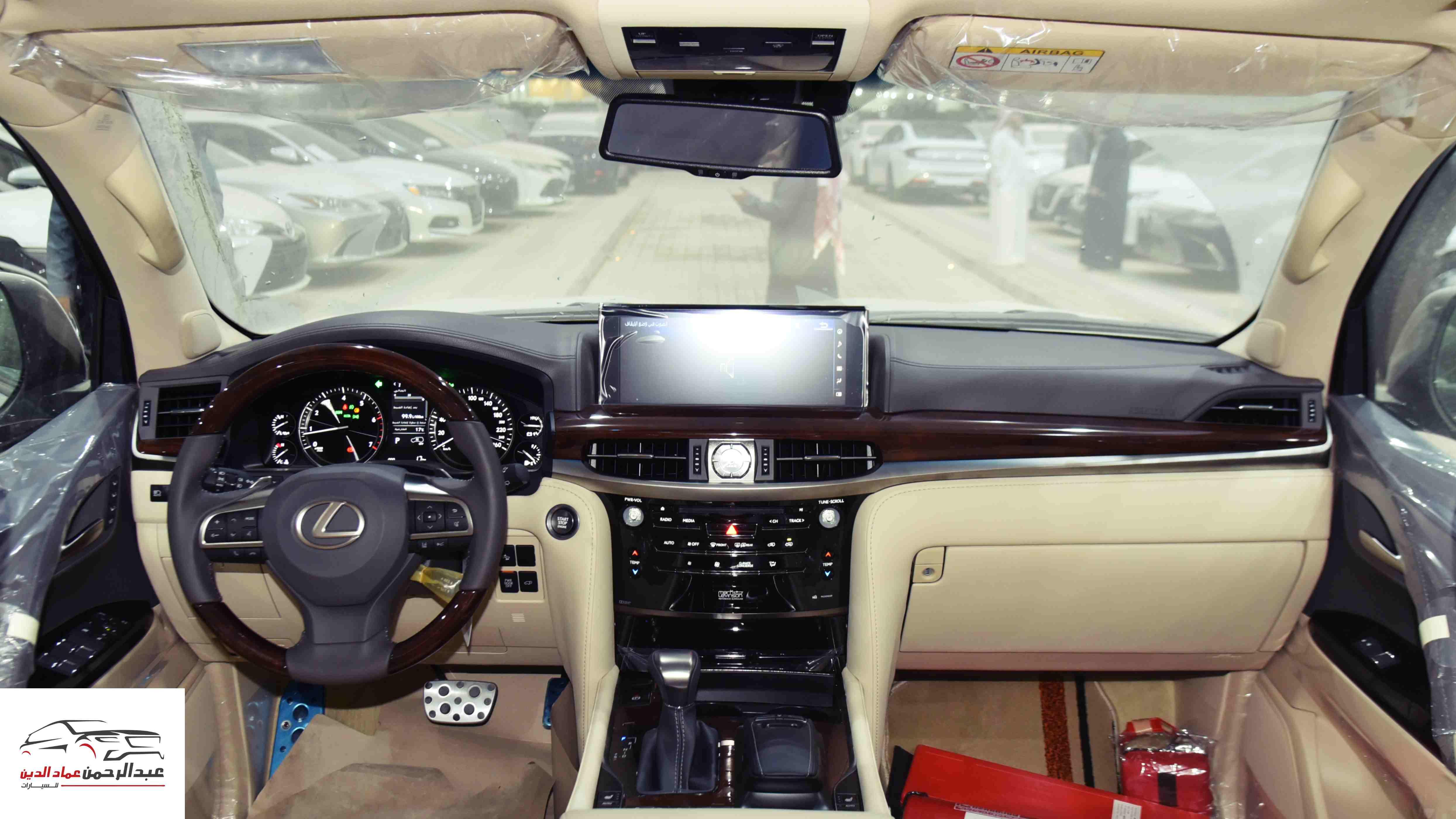 لكزس 2021   LX 570 فئة S S ابواب شفط  بريمي آخر دفعة  للبيع في الرياض - السعودية - صورة كبيرة - 6