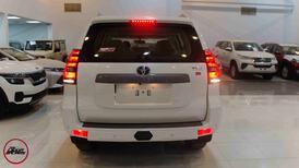 تويوتا  برادو  2021   TXL1   بنزين 6 سلندر   سعودي  للبيع في الرياض - السعودية - صورة صغيرة - 8