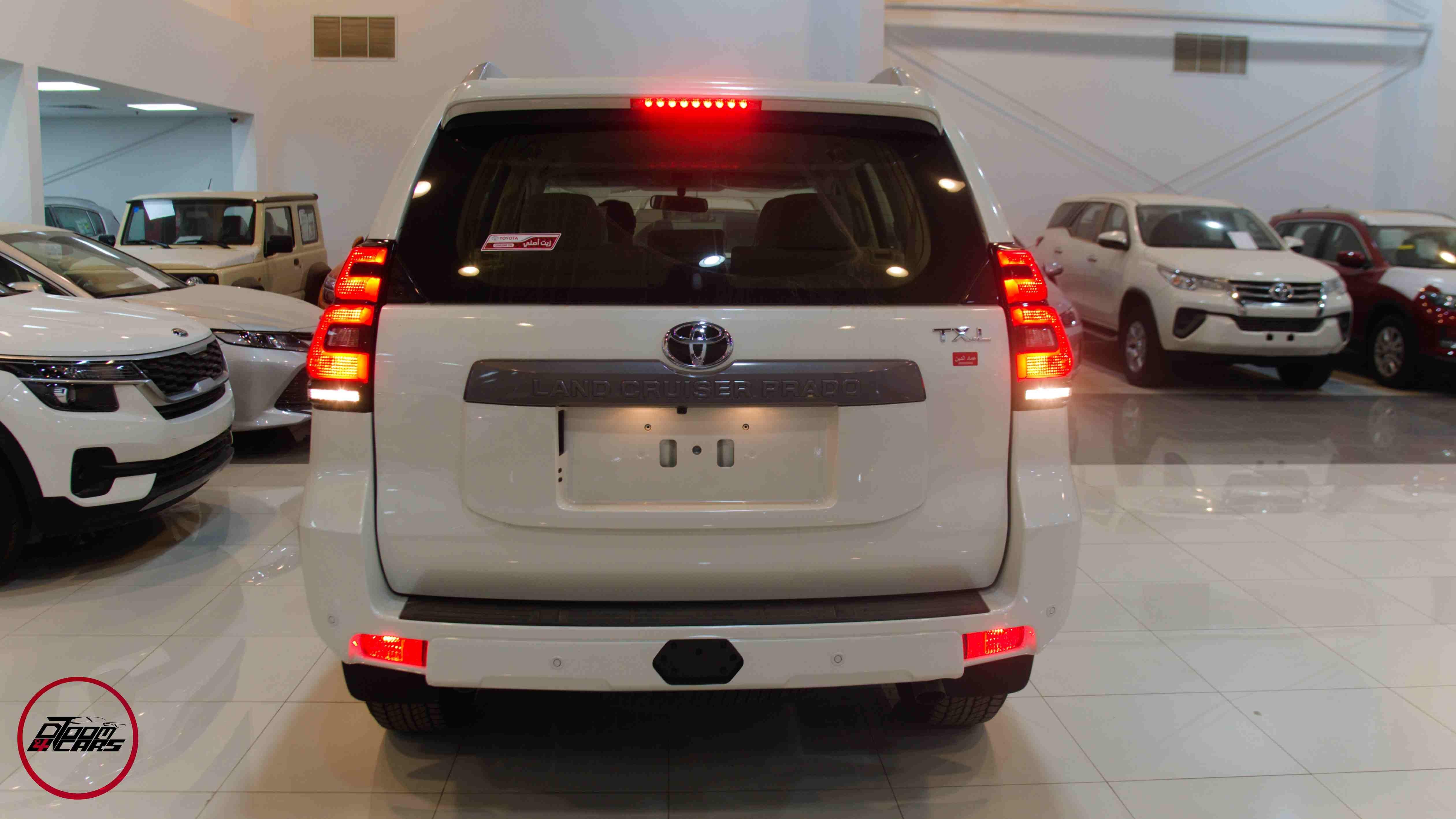 تويوتا  برادو  2021   TXL1   بنزين 6 سلندر   سعودي  للبيع في الرياض - السعودية - صورة كبيرة - 8