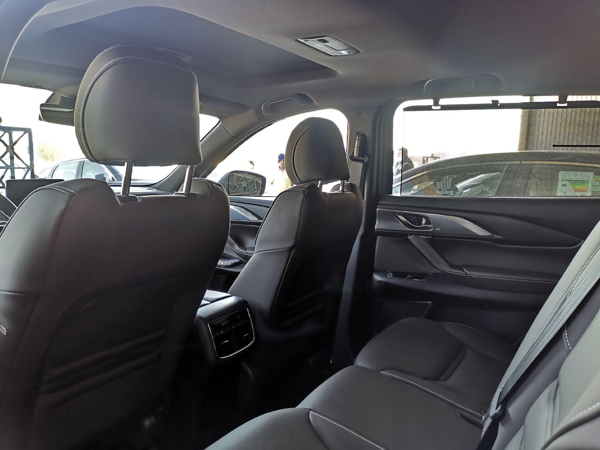 مازدا CX9 2020 سجنتشر فل خليجي للبيع في الرياض - السعودية - صورة كبيرة - 10