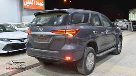 تويوتا فورتشنر 2021  GX2 ديزل  دبل سعودي  للبيع في الرياض - السعودية - صورة صغيرة - 3