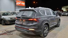هونداي سنتافي 2021 بدون دبل بصمة 2.5 cc سعودي جديد  للبيع في الرياض - السعودية - صورة صغيرة - 3