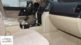 تويوتا لاندكروزر GXR2 2021  بلس 6 سلندر بنزين   سعودي  للبيع في الرياض - السعودية - صورة صغيرة - 11