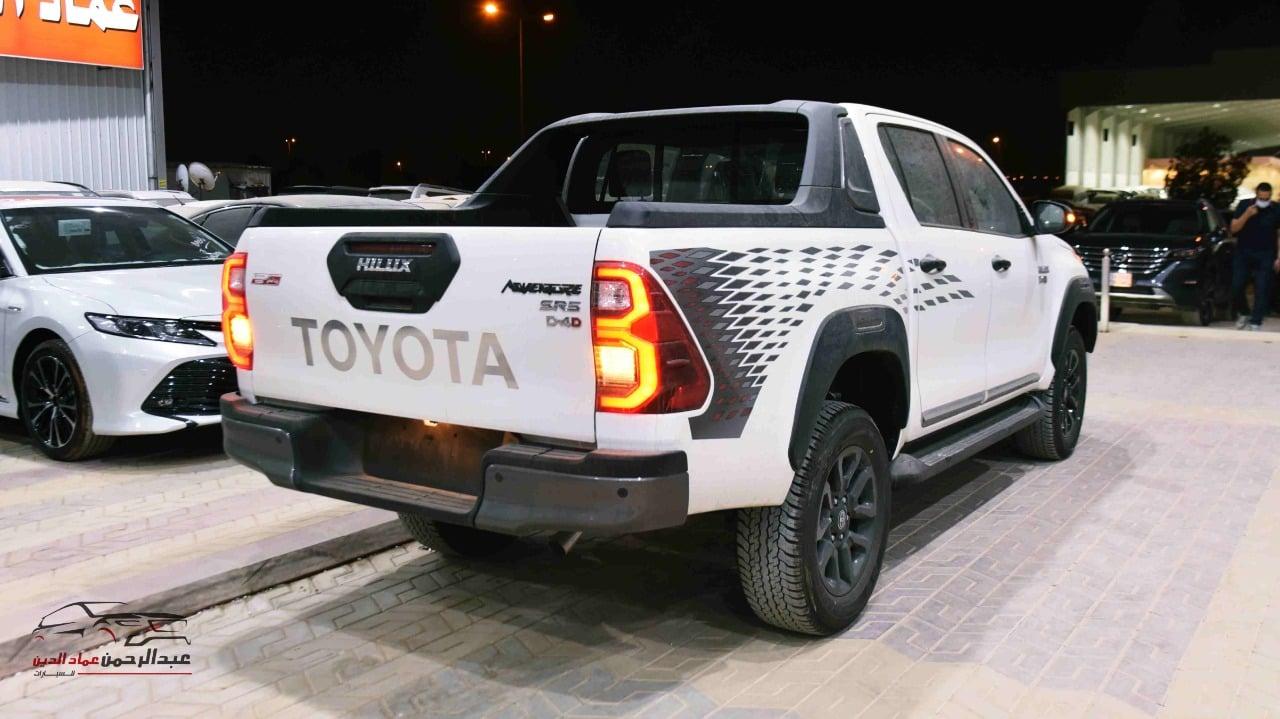تويوتا هايلكس 2021 ادفنشر 4 سلندر دبل ديزل سعودي  للبيع في الرياض - السعودية - صورة كبيرة - 3