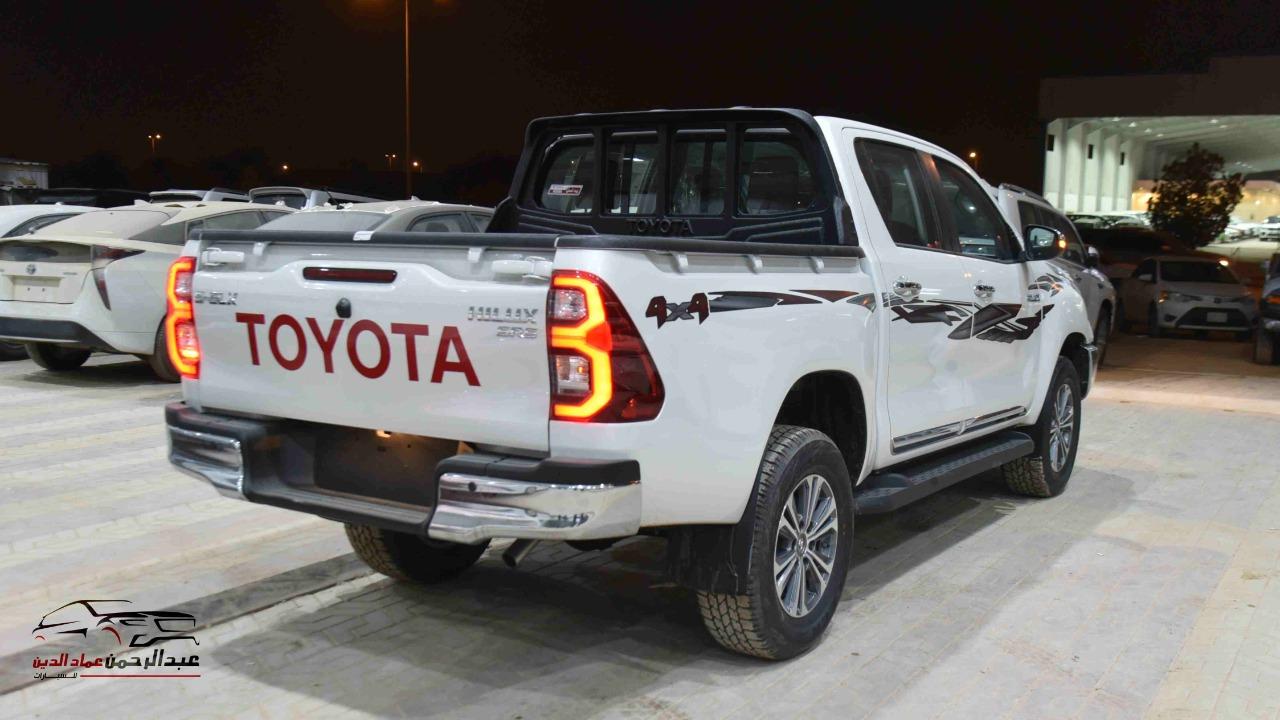 تويوتا هايلكس 2021 غمارتين دبل 2.7 اوتوماتيك بنزين سعودي  للبيع في الرياض - السعودية - صورة كبيرة - 3