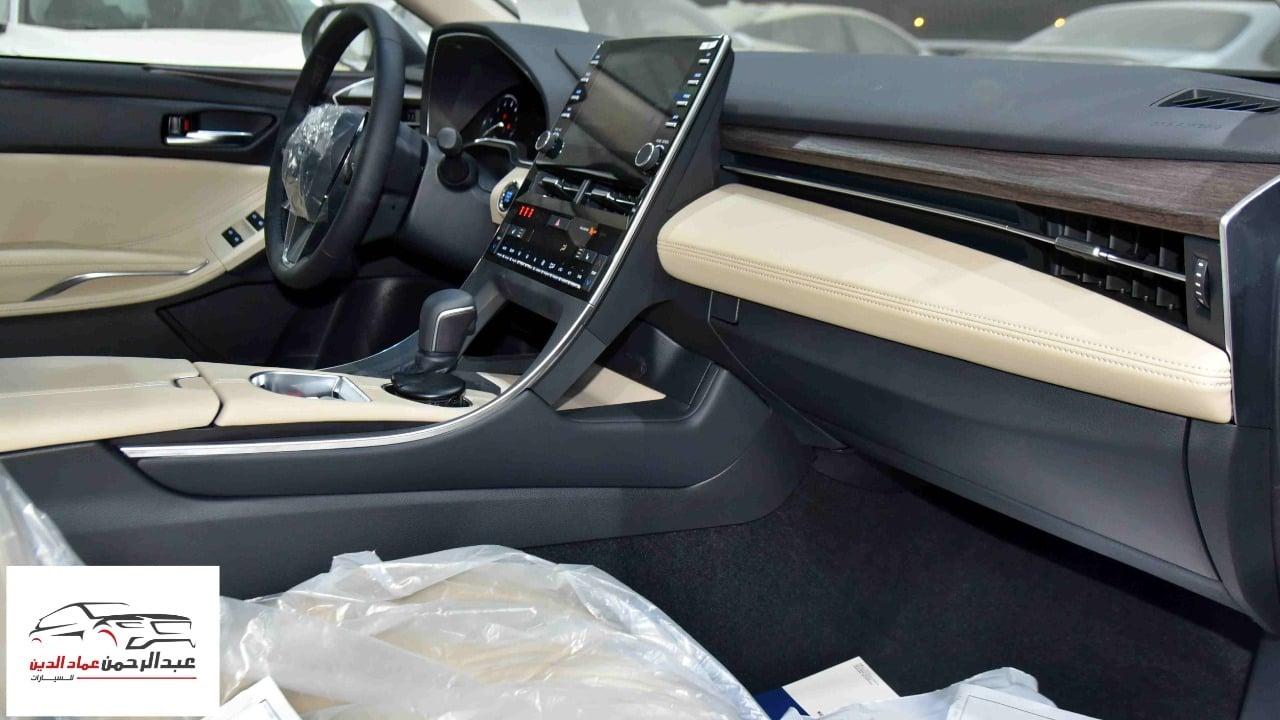 تويوتا  أفالون  2021  تورنج  سعودي  اللون أبيض  للبيع في الرياض - السعودية - صورة كبيرة - 9