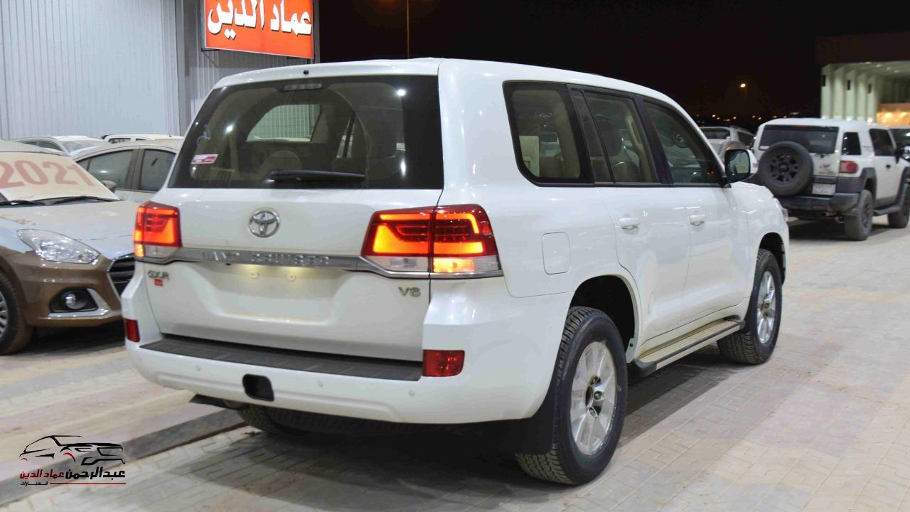 تويوتا لاندكروزر 2021   GXR1  بلس فتحة  6 سلندر بنزين سعودي للبيع في الرياض - السعودية - صورة كبيرة - 4