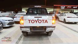 هايلكس2021  غمارتين  دبل 2.4 ديزل اتوماتيك سعودي للبيع في الرياض - السعودية - صورة صغيرة - 4