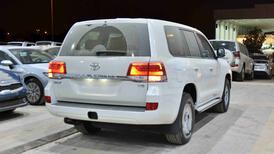 تويوتا لاندكروزر 2021 GXR1   بنزين 8 سلندر  خليجي جديد  للبيع في الرياض - السعودية - صورة صغيرة - 3