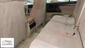 تويوتا لاندكروزر 2021 GXR1   بنزين 8 سلندر  خليجي جديد  للبيع في الرياض - السعودية - صورة صغيرة - 7