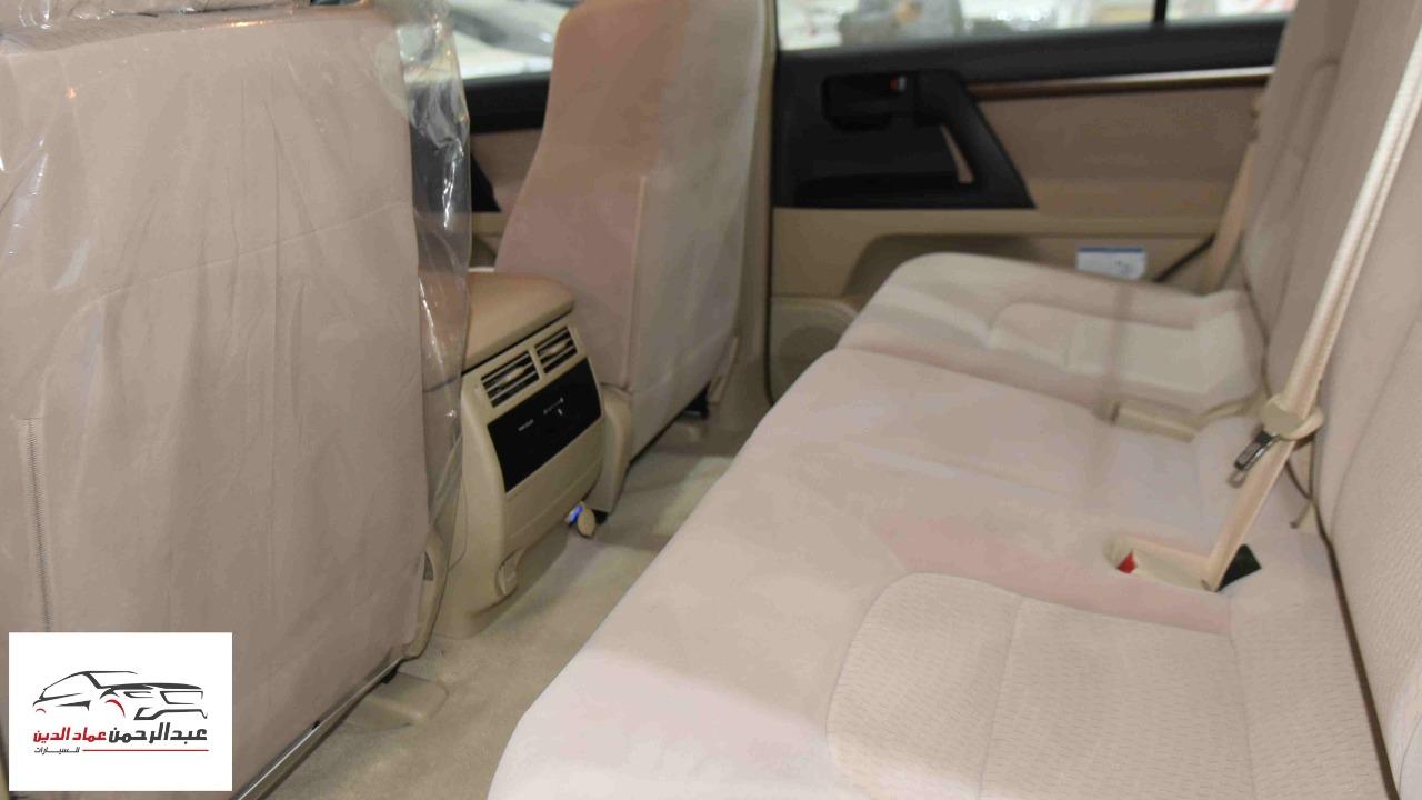 تويوتا لاندكروزر 2021 GXR1   بنزين 8 سلندر  خليجي جديد  للبيع في الرياض - السعودية - صورة كبيرة - 7