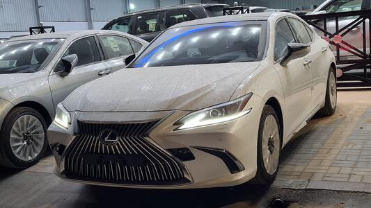 سيارة لكزس ES 350 نص فل 2021 بريمي جديد للبيع