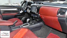 تويوتا هايلكس  2021   6 سلندر  VX اتوماتيك بنزين   خليجي  للبيع في الرياض - السعودية - صورة صغيرة - 9