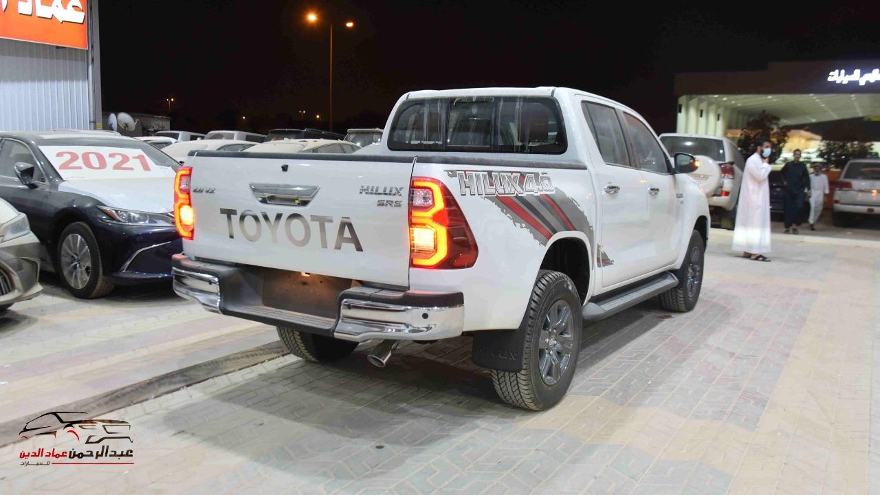 تويوتا هايلكس  2021   6 سلندر  VX اتوماتيك بنزين   خليجي  للبيع في الرياض - السعودية - صورة كبيرة - 4