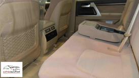تويوتا لاندكروزر 2021  VX.E هدد  5.7 شاشة  بريمي  للبيع في الرياض - السعودية - صورة صغيرة - 11