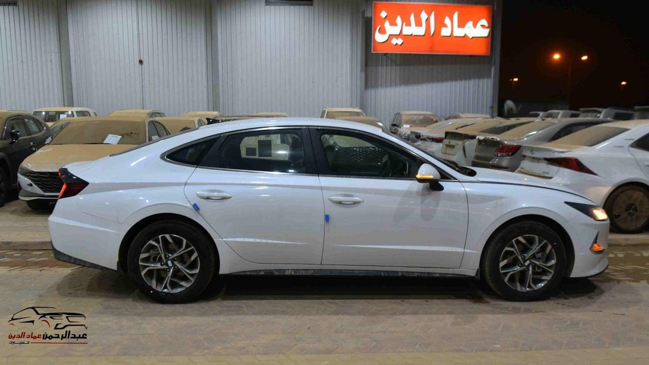 هونداي سوناتا 2021 سعودي 2500cc سمارت_شامل الضريبه للبيع في الرياض - السعودية - صورة كبيرة - 2