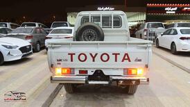 تويوتا شاص 2021  ديزل بدون ونش  بريمي للبيع في الرياض - السعودية - صورة صغيرة - 4