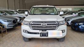 تويوتا لاندكروزر GXR خليجي 2021 نص فل للبيع في الرياض - السعودية - صورة صغيرة - 5