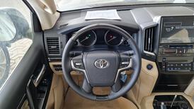 تويوتا لاندكروزر GXR فل 2021 دبل جراند تورنج خليجي جديد للبيع في الرياض - السعودية - صورة صغيرة - 13