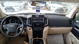 تويوتا لاندكروزر GXR فل 2021 دبل جراند تورنج خليجي جديد للبيع في الرياض - السعودية - صورة صغيرة - 14