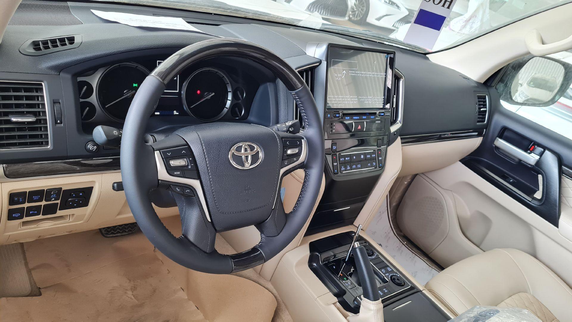 تويوتا لاندكروزر GXR فل 2021 دبل جراند تورنج خليجي جديد للبيع في الرياض - السعودية - صورة كبيرة - 8