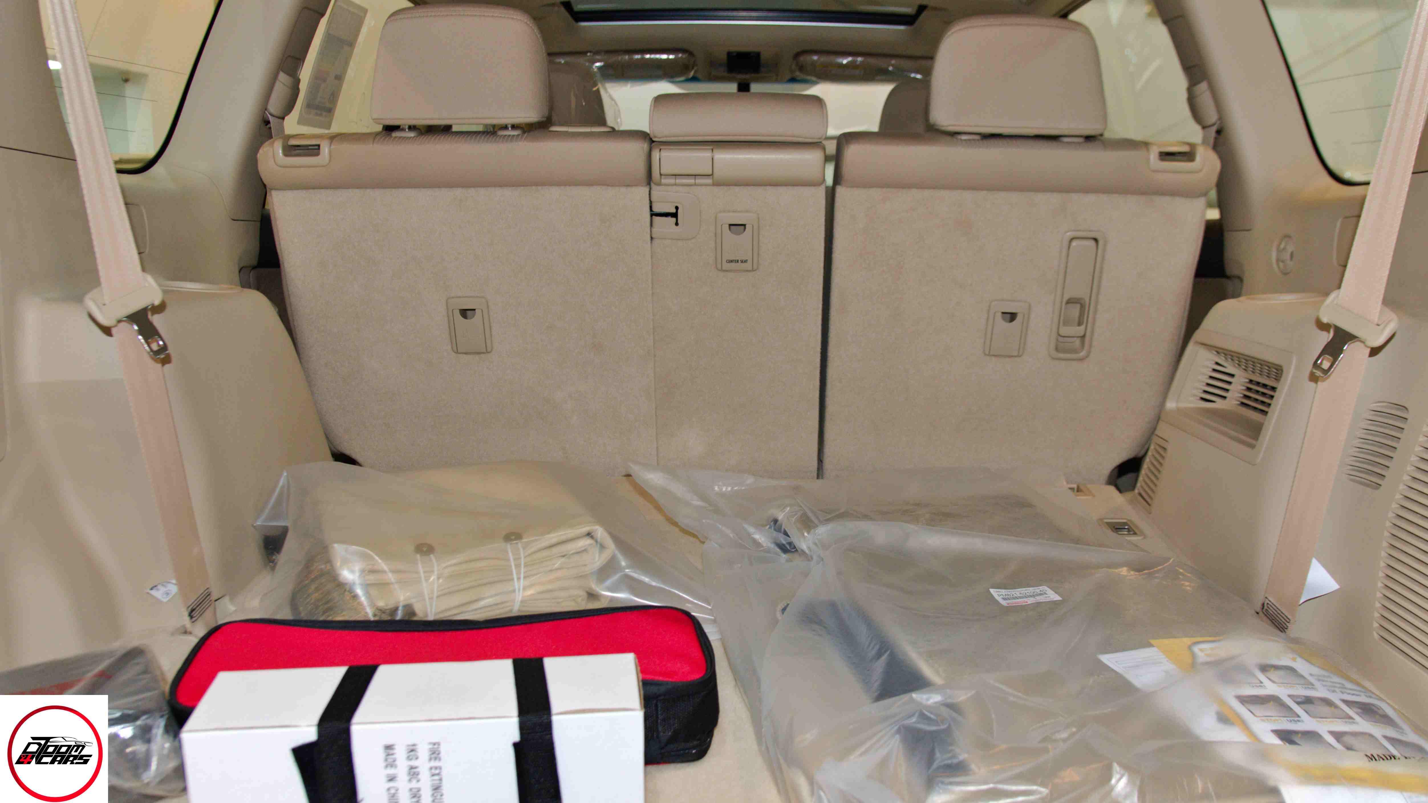 تويوتا برادو2021 VX1 بنزين  سعودي  للبيع في الرياض - السعودية - صورة كبيرة - 10