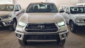 تويوتا هايلكس GLX.S 2021 فل بريمي للبيع في الرياض - السعودية - صورة صغيرة - 3