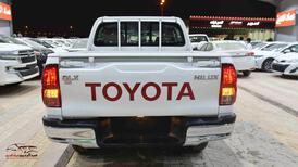 هايلكس2021 DLX دبل اتوماتيك بنزين  خط خليجي  للبيع في الرياض - السعودية - صورة صغيرة - 5