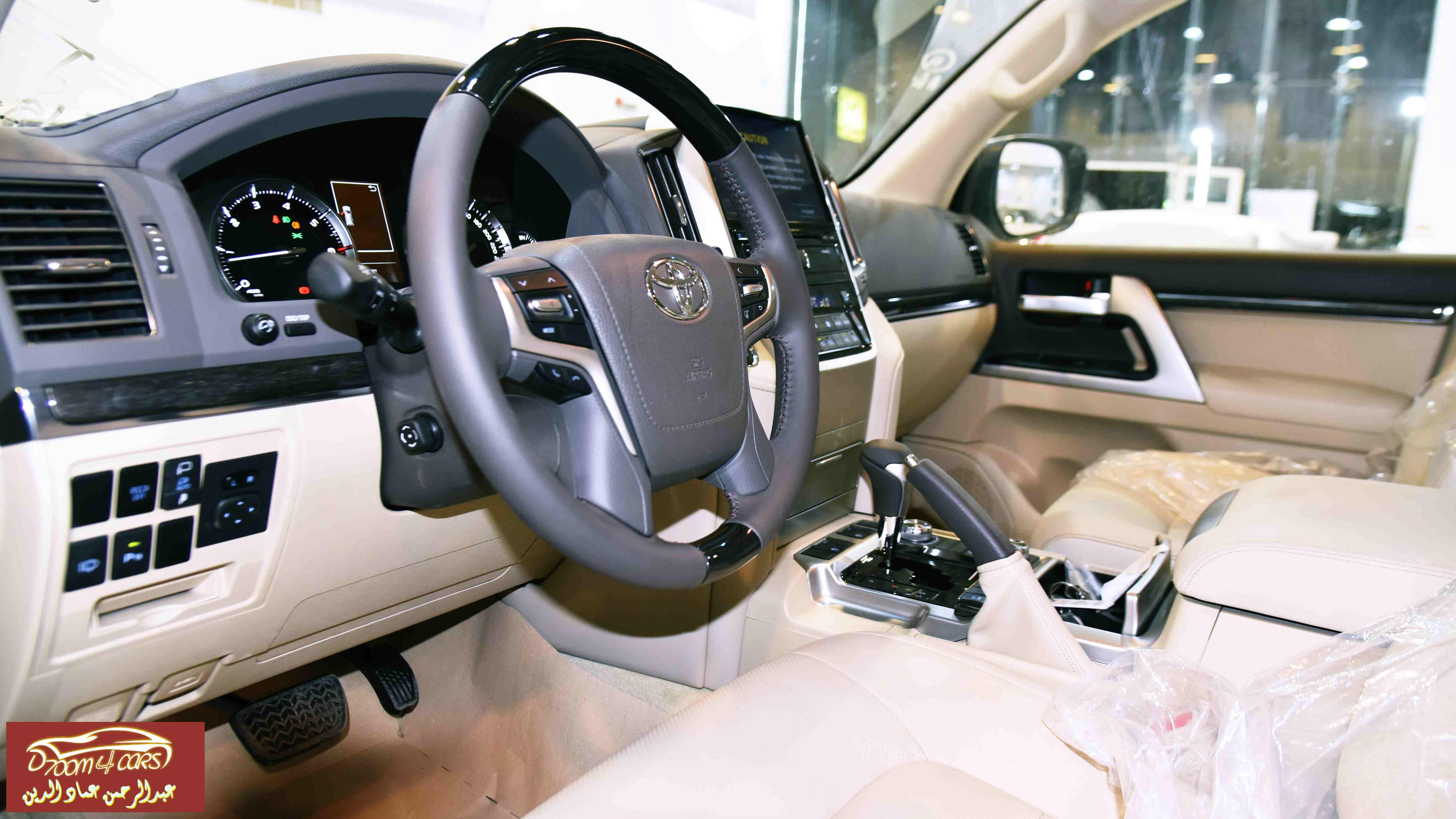لاندكروزر 2021 VXR1 سعودي 8 سلند سعودي  للبيع في الرياض - السعودية - صورة كبيرة - 6