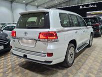 تويوتا لاندكروزر GXR قراند تورنق فل دبل 2021 بريمي جديد للبيع في الرياض - السعودية - صورة صغيرة - 5