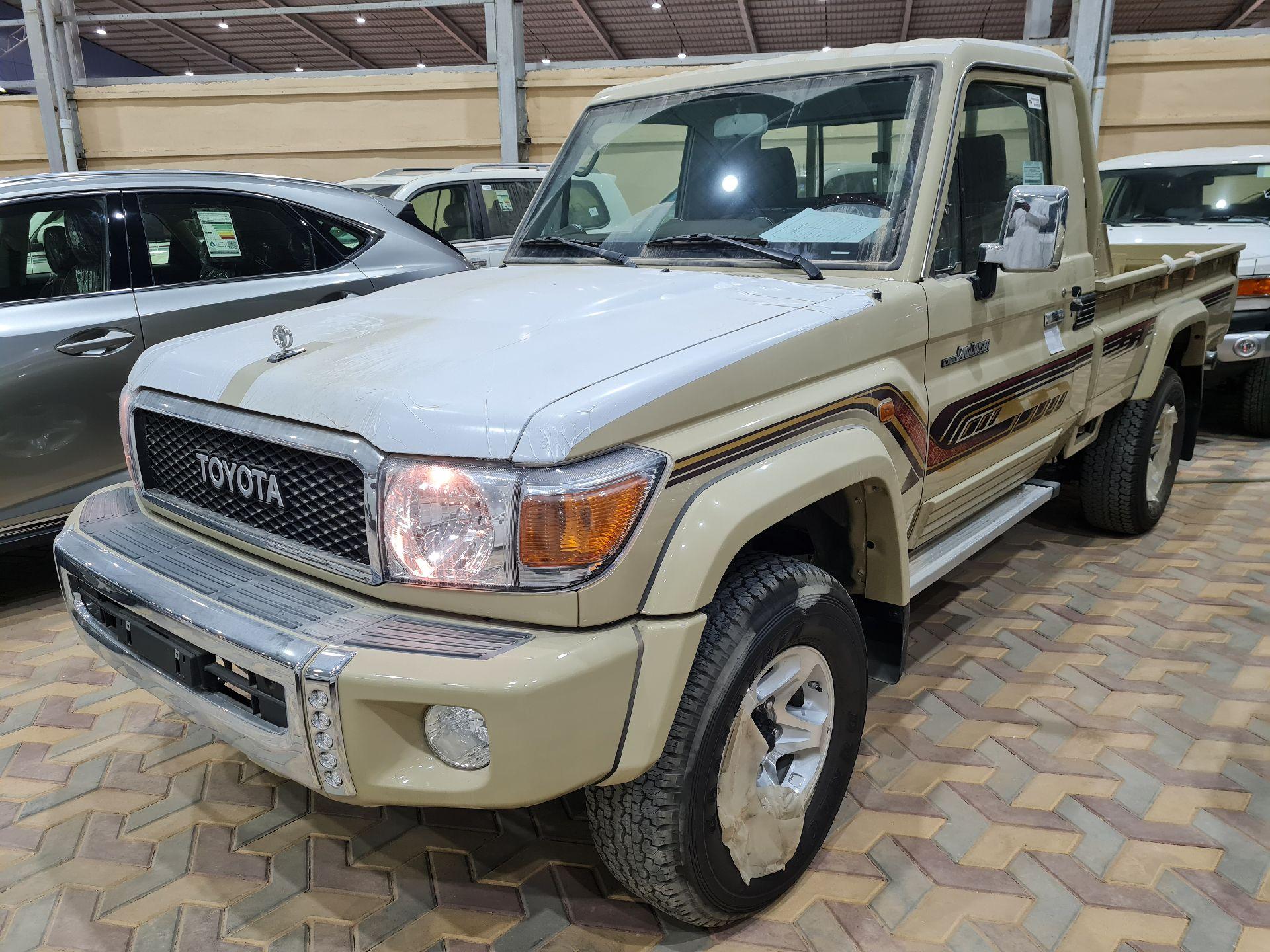 تويوتا شاص LX  دبل 2020 غمارة عماني جديد للبيع في الرياض - السعودية - صورة كبيرة - 1
