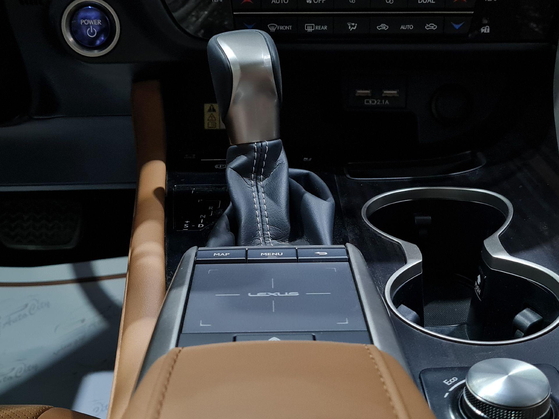 لكزس RX 450-BH Hybrid فل  2020 دبل سعودي جديد للبيع في الرياض - السعودية - صورة كبيرة - 7