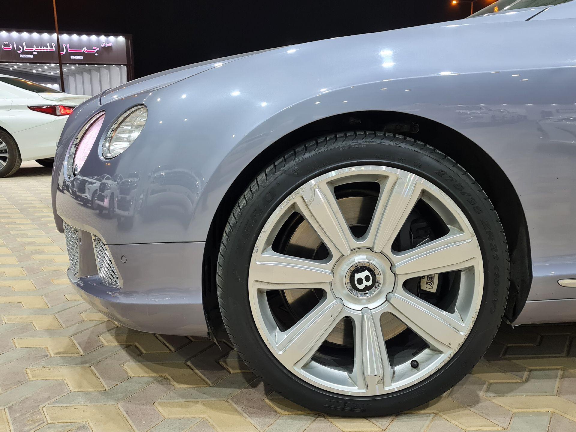 بنتلي كونتيننتال GT جي تي 2013 سعودي للبيع في الرياض - السعودية - صورة كبيرة - 4