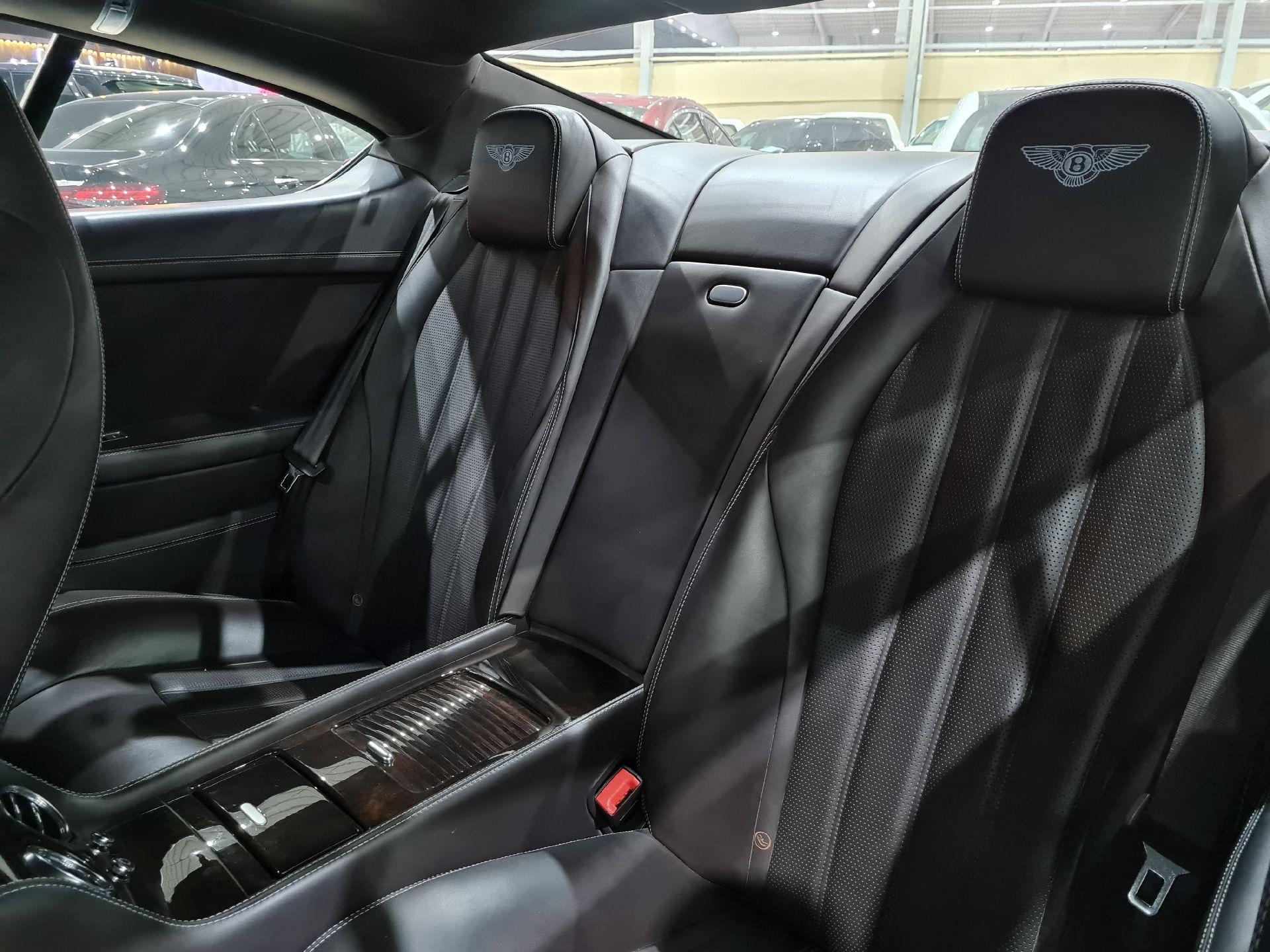 بنتلي كونتيننتال GT جي تي 2013 سعودي للبيع في الرياض - السعودية - صورة كبيرة - 10