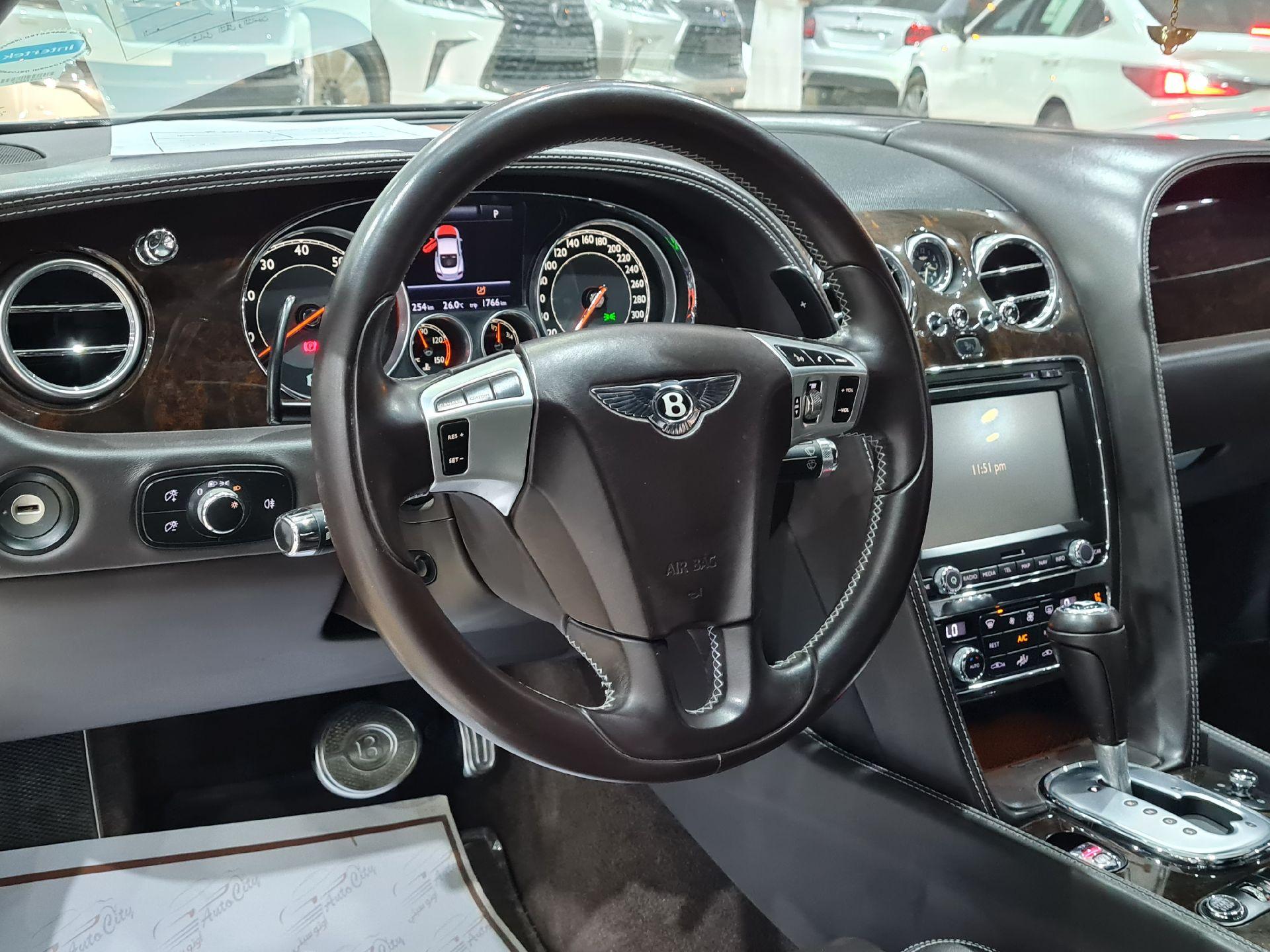 بنتلي كونتيننتال GT جي تي 2013 سعودي للبيع في الرياض - السعودية - صورة كبيرة - 15