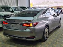 لكزس ES 300H  ستاندر 2021 سعودي جديد للبيع في الرياض - السعودية - صورة صغيرة - 9